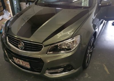 Holden commodore stripes (1) (Medium)